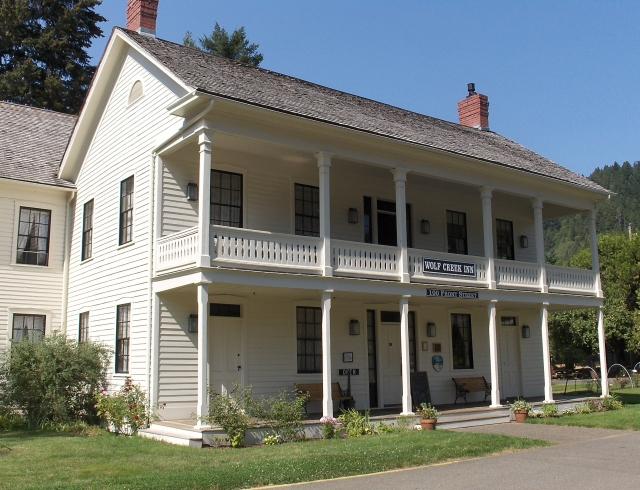 Wolf Creek Inn, Wolf Creek.